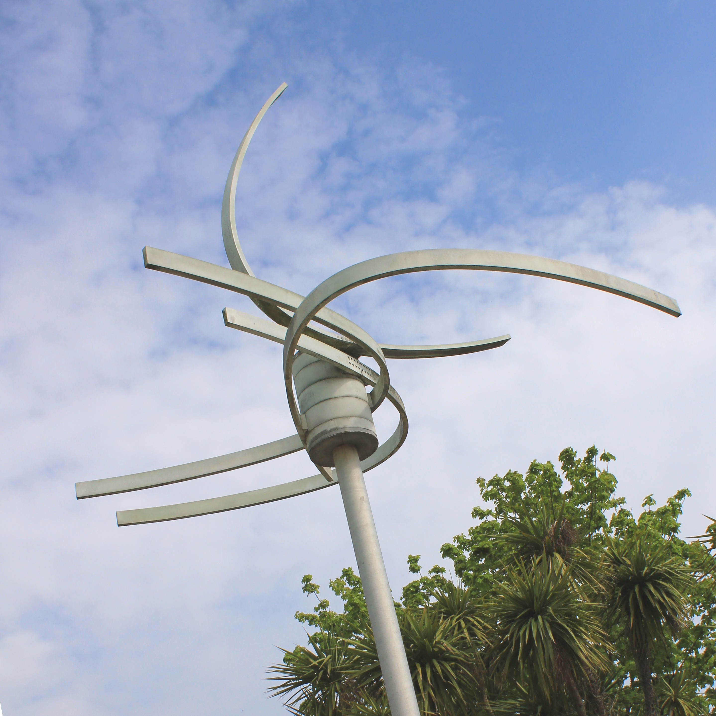 Kinetic Monument OystermouthRoad Swansea
